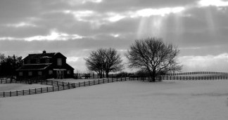 winter-barn-004